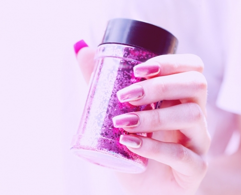 How to take care of Acrylic Nails